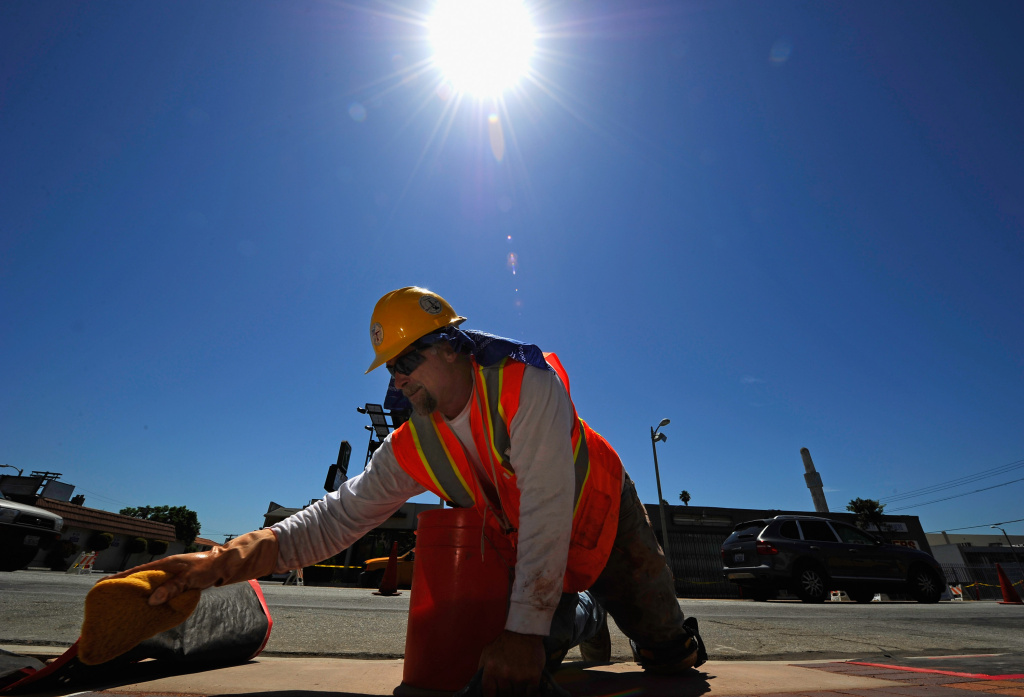 Working safely in sunlight